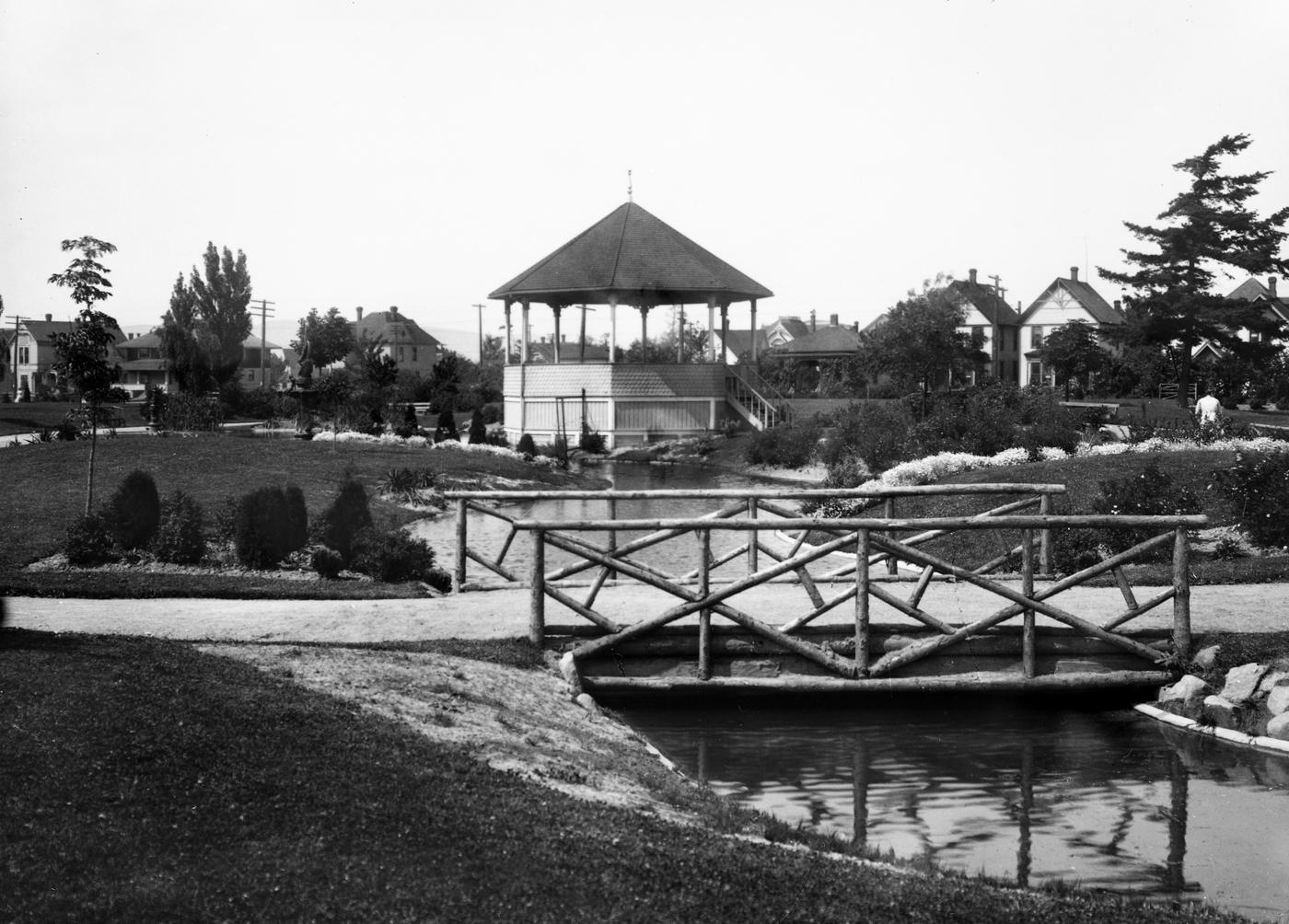Elizabeth Park, circa 1920s. photo: J.W. Sandison, Whatcom Museum #2796