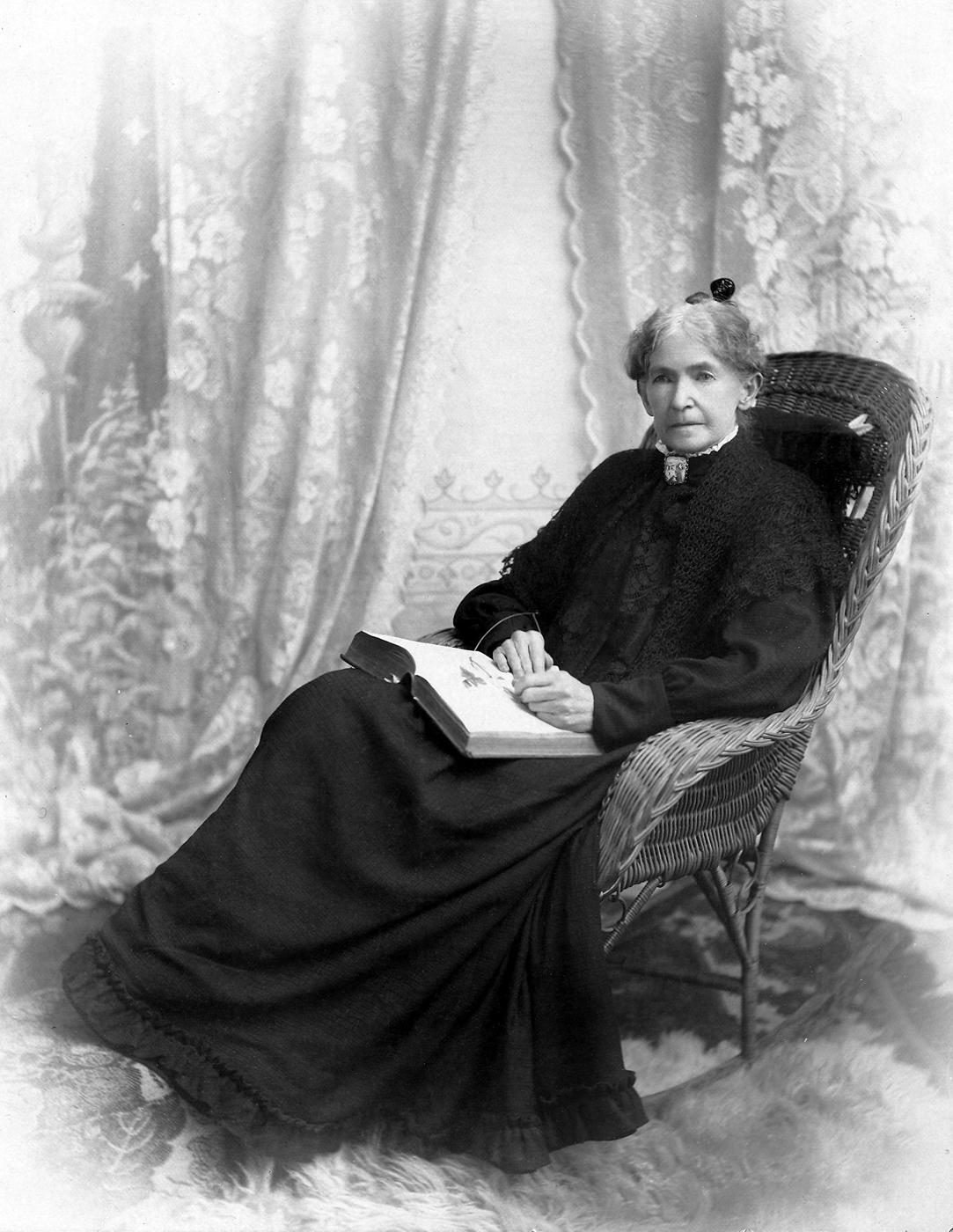 Mary Elizabeth Austin Roeder, namesake of Elizabeth Park. photo: Beverly B. Dobbs, Whatcom Museum #1951.30.19